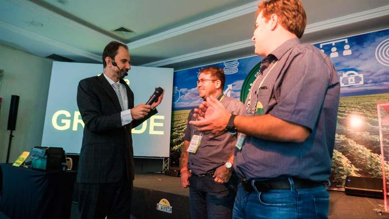 Participação ativa no treinamento para vendedores com Daniel Bizon