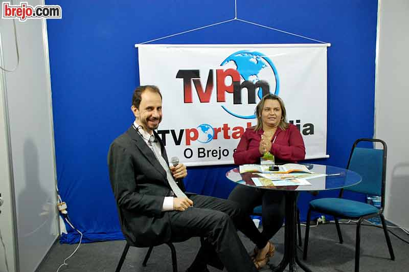 Daniel Bizon é entrevistado pela TV de Guarabira