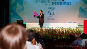 Evento da Compesa em Recife teve palestra com mágica