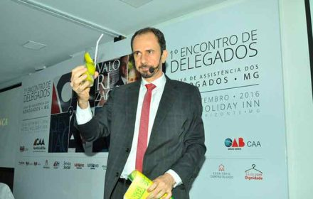 DANIEL BIZON NO EVENTO DA OAB-CAAMG