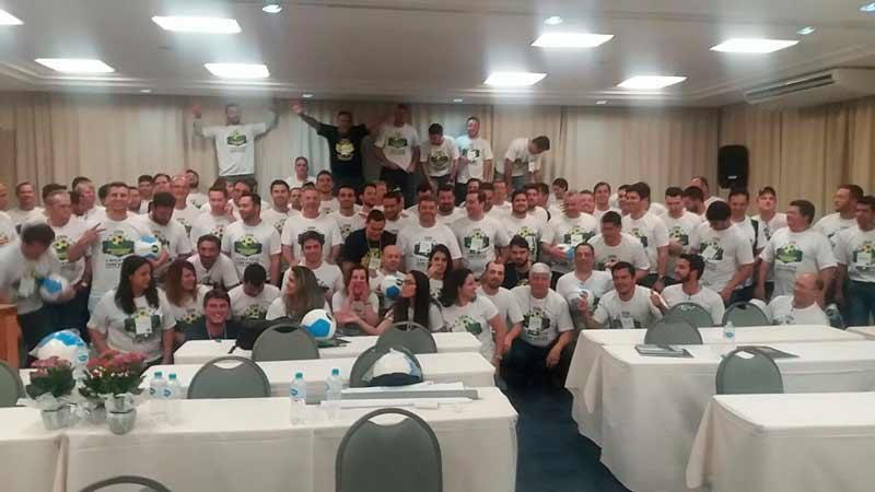 Representantes da Superbac depois da palestra motivacional com Daniel Bizon