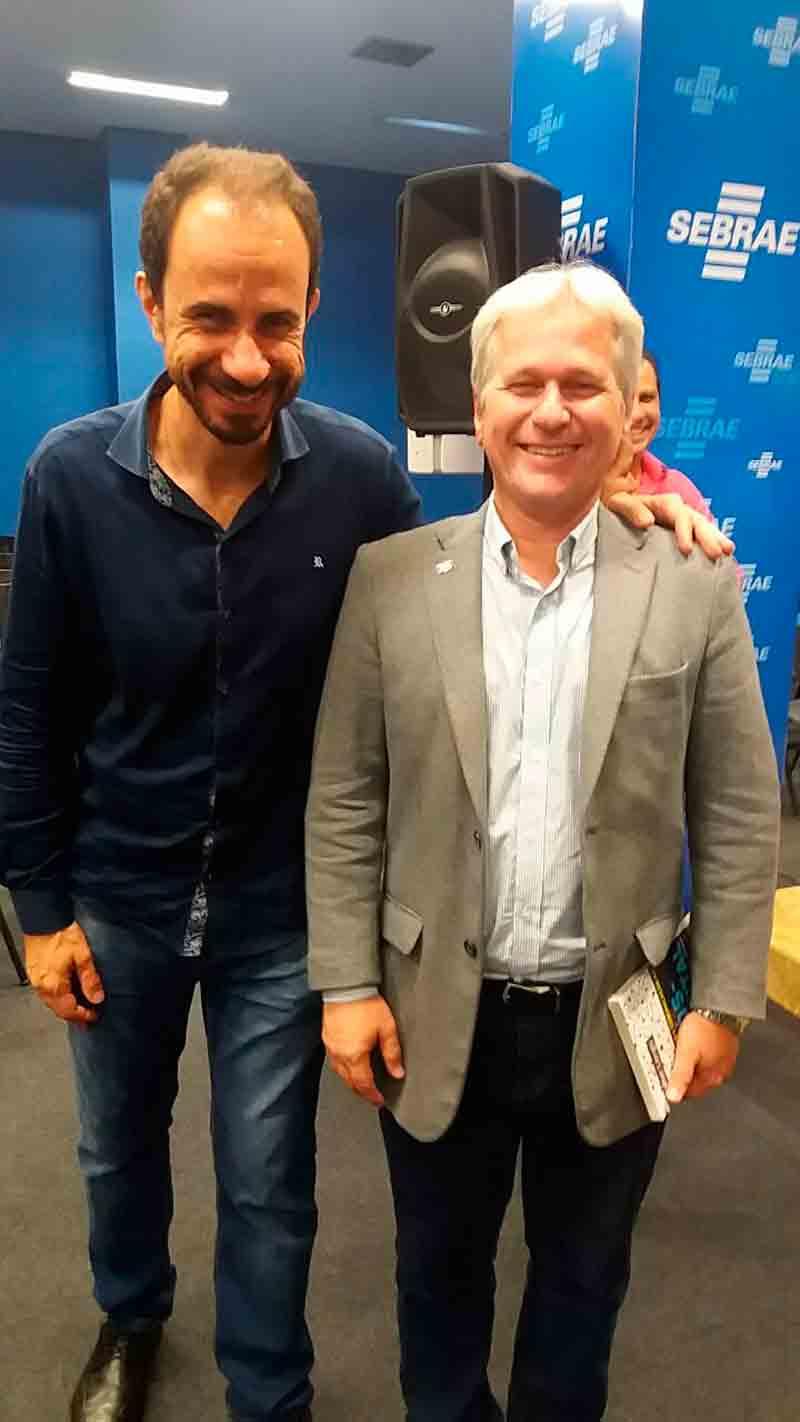 Palestrante Daniel Bizon com o superintendente do SEBRAE Porto Velho, Valdemar Camata