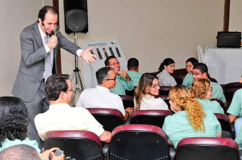 Treinamento segurança do trabalho com palestrante campeão brasileiro