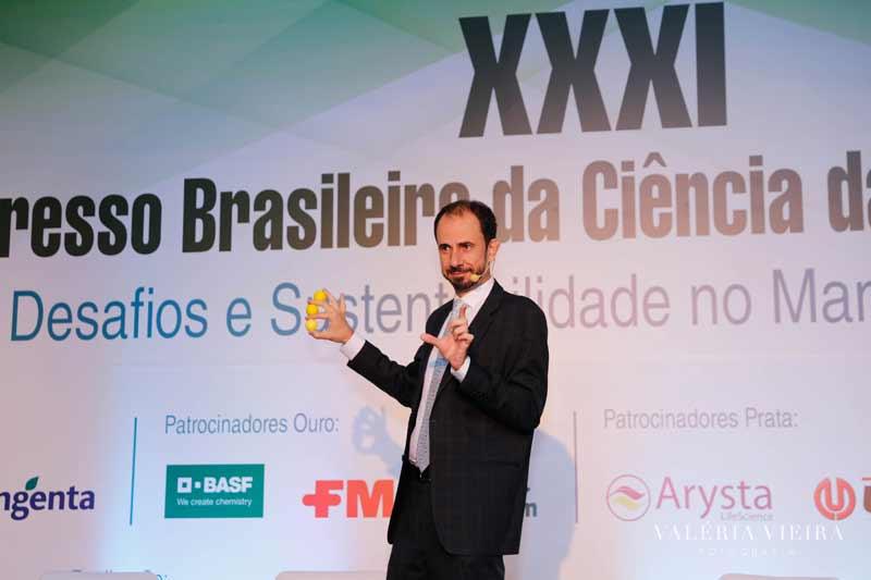 Palestra Daniel Bizon Congresso Brasileiro Ciência Plantas Daninhas